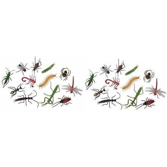 24x Horror insecten van plastic