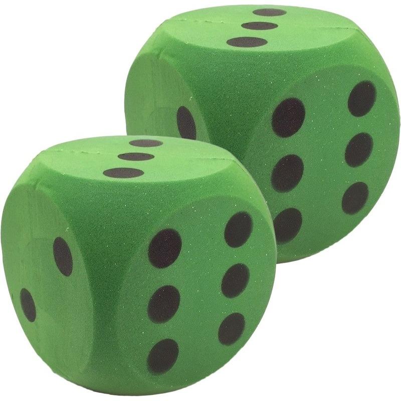 2x Grote schuimrubberen dobbelsteen groen 16 cm
