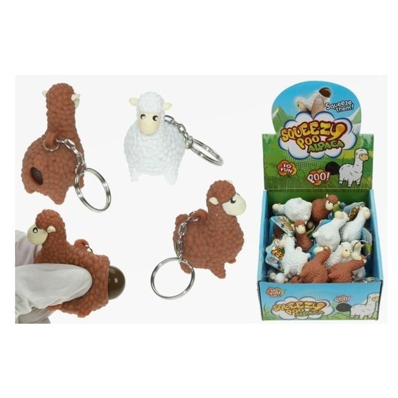 2x Poepende lama/alpaca sleutelhanger bruin 9 cm