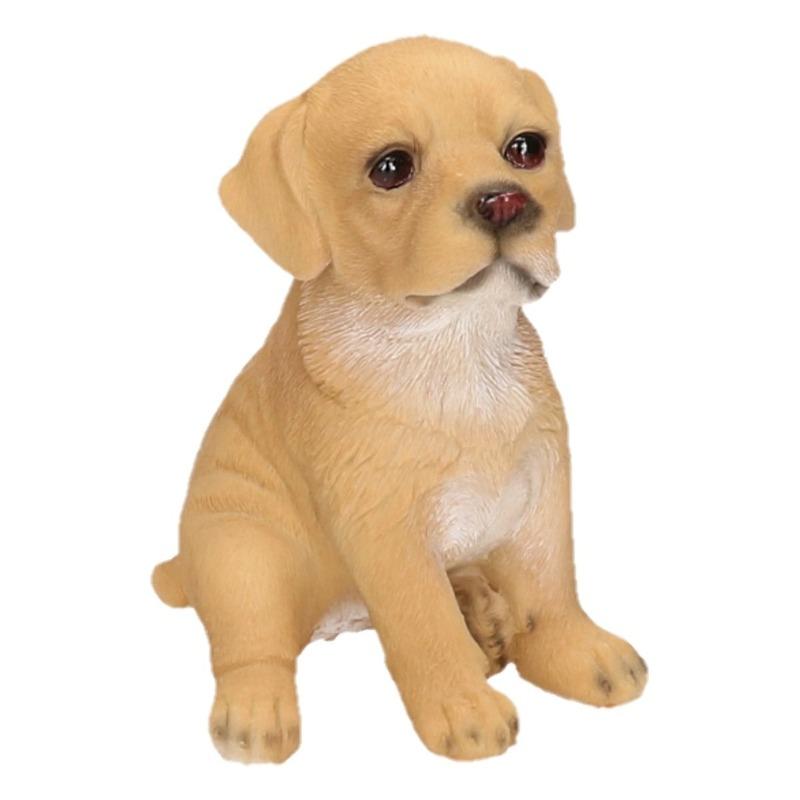 Polystone tuinbeeld beige Labrador puppy hondje 15 cm