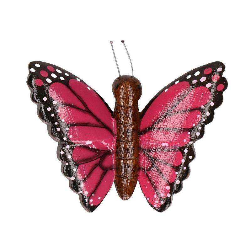 Houten magneet in de vorm van een roze vlinder
