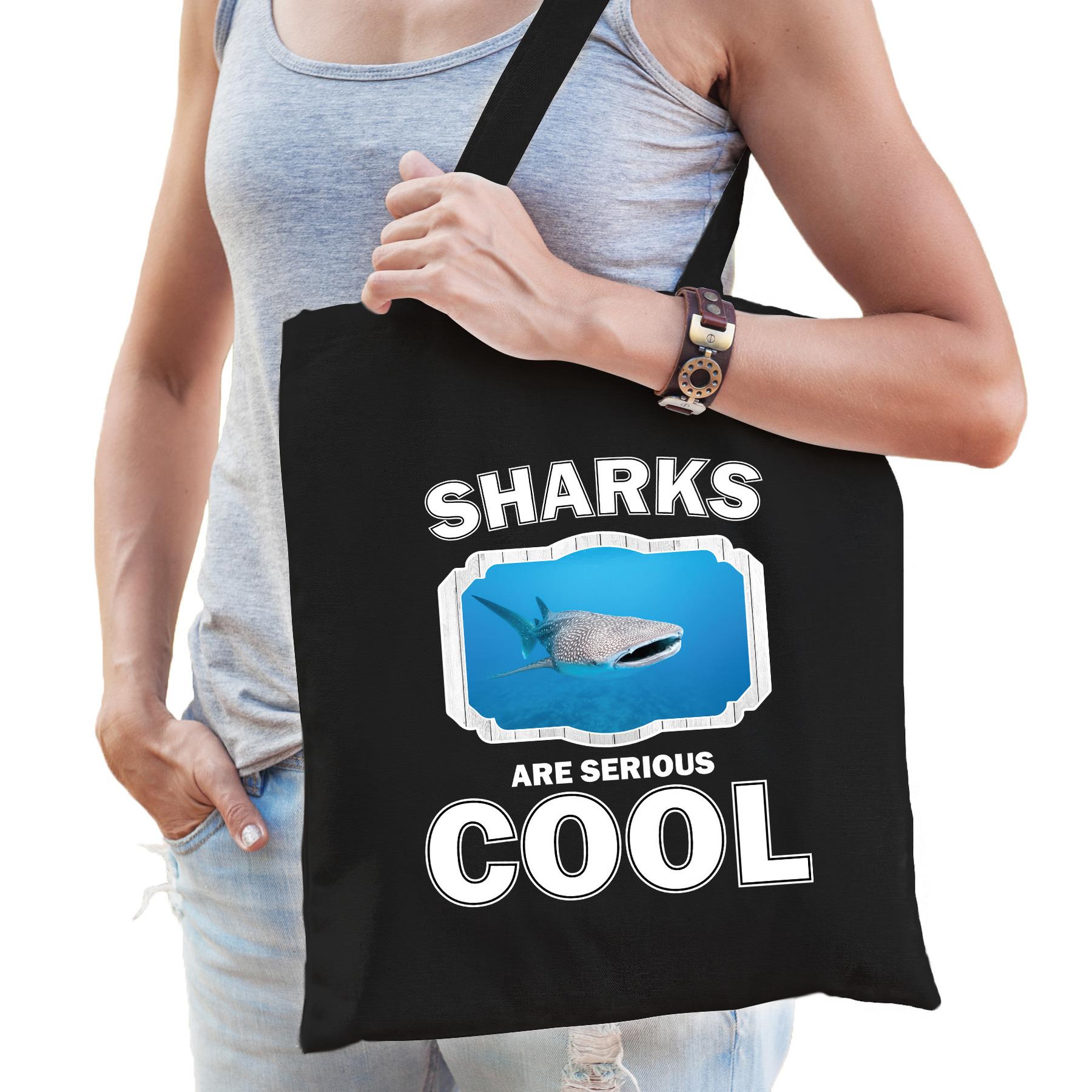 Katoenen tasje sharks are serious cool zwart - haaien/ walvishaai cadeau tas