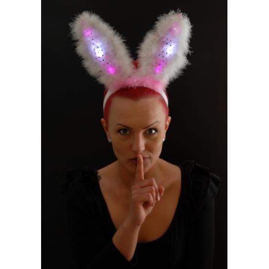 Roze bunny oren met licht