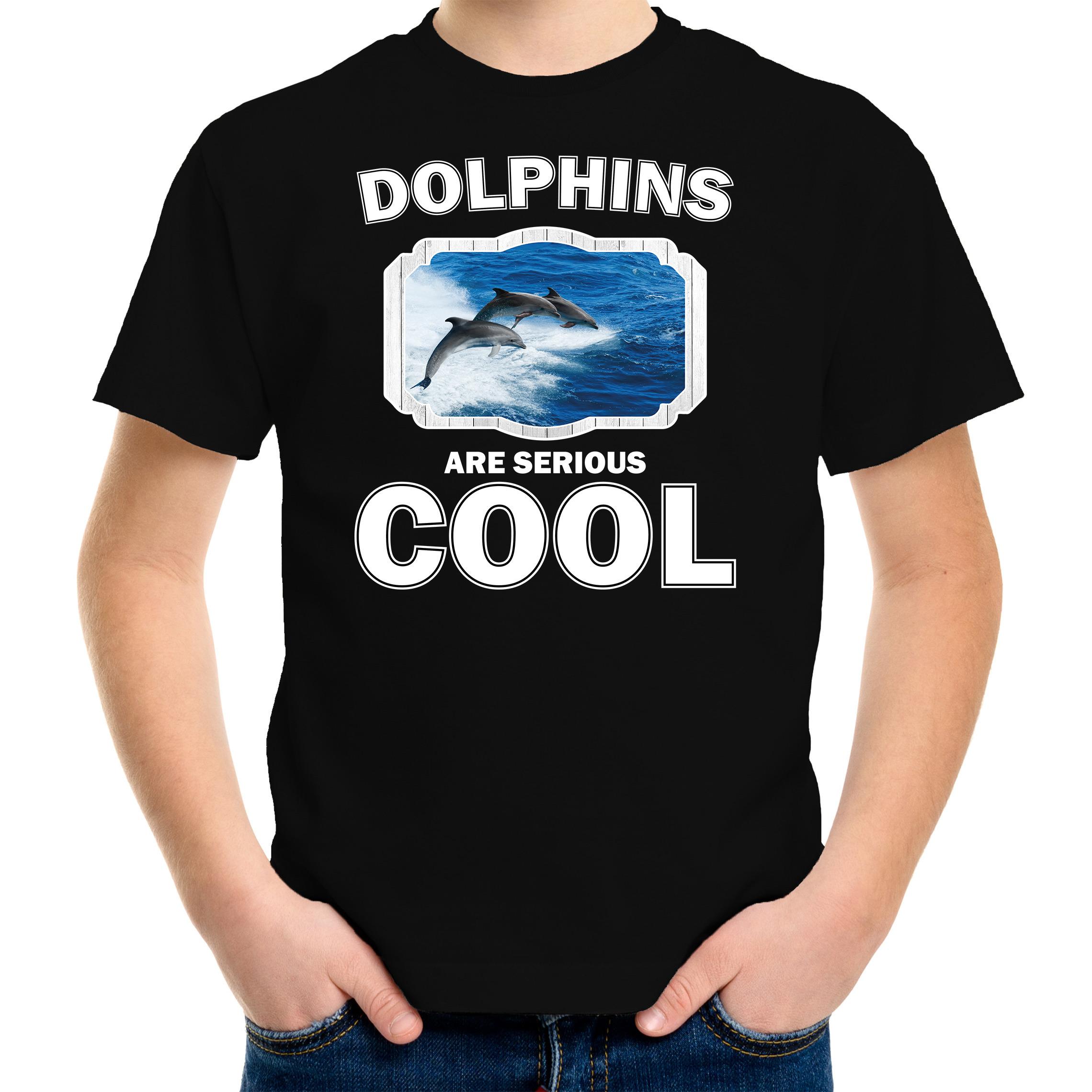 T-shirt dolphins are serious cool zwart kinderen - dolfijnen/ dolfijn groep shirt